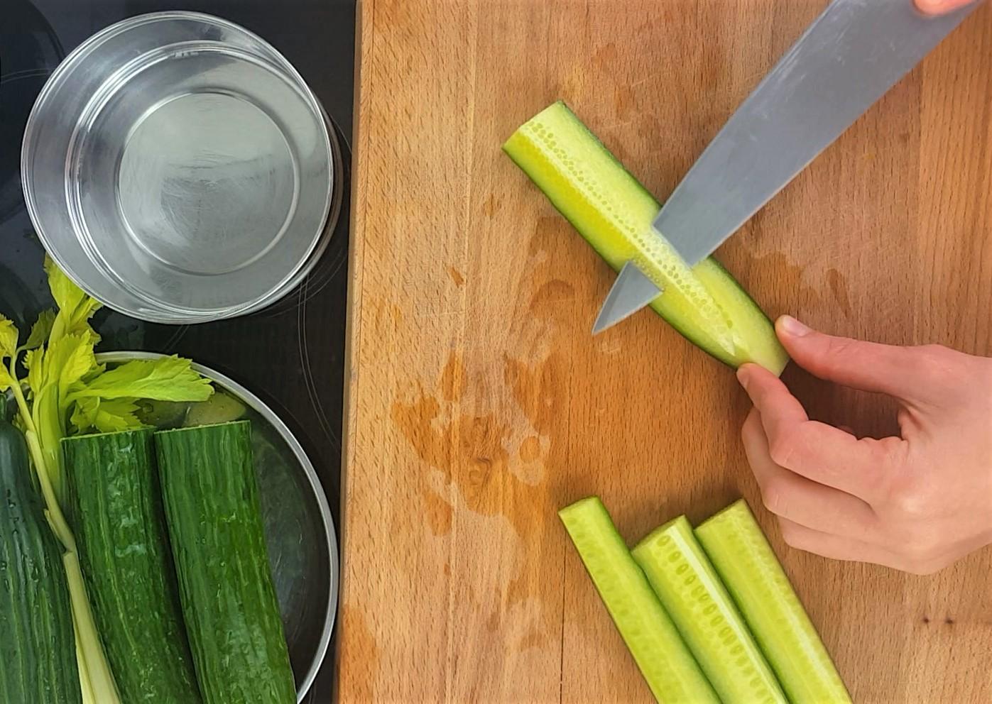 Cucumber soup process