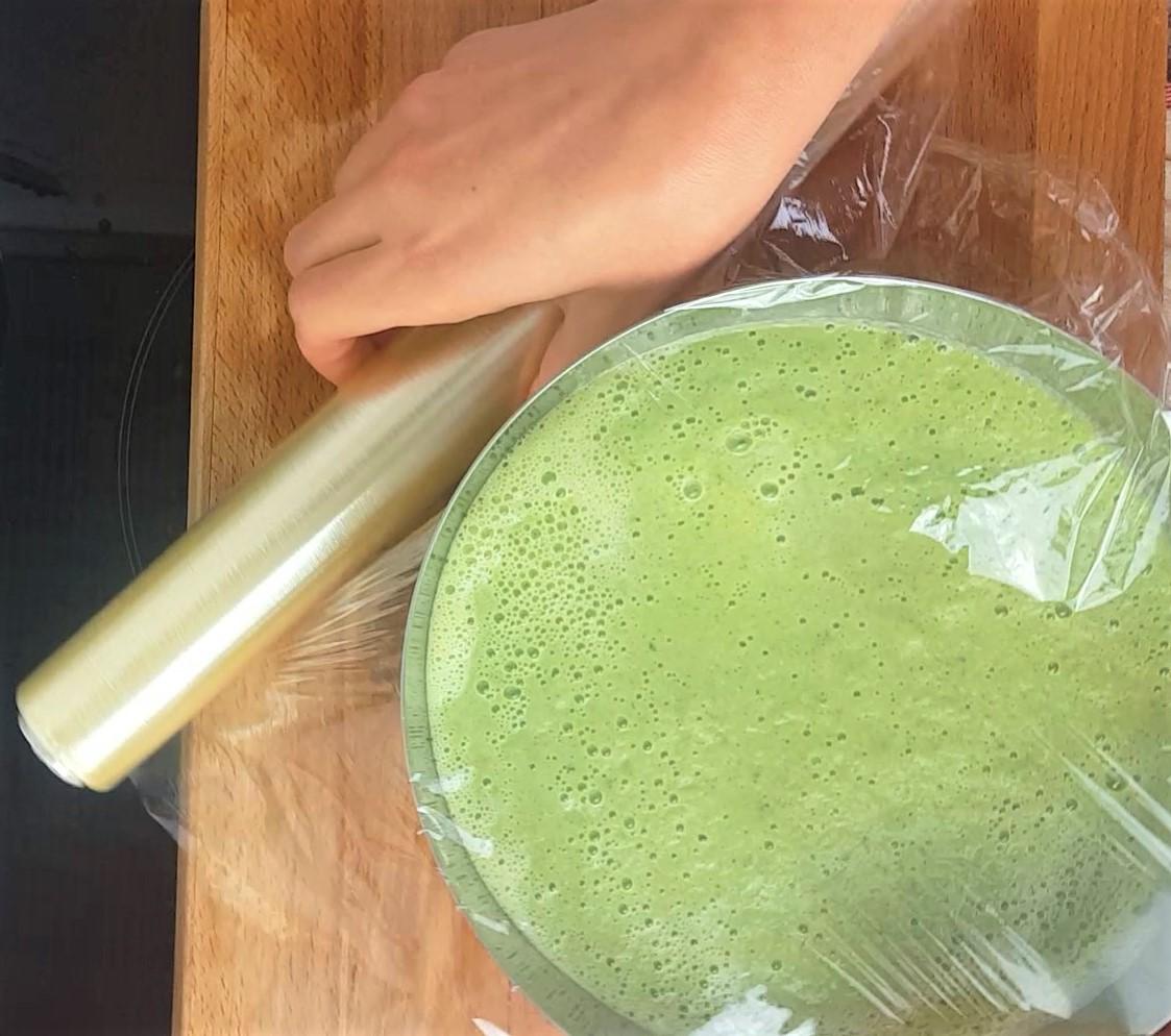 Cucumber soup process photos