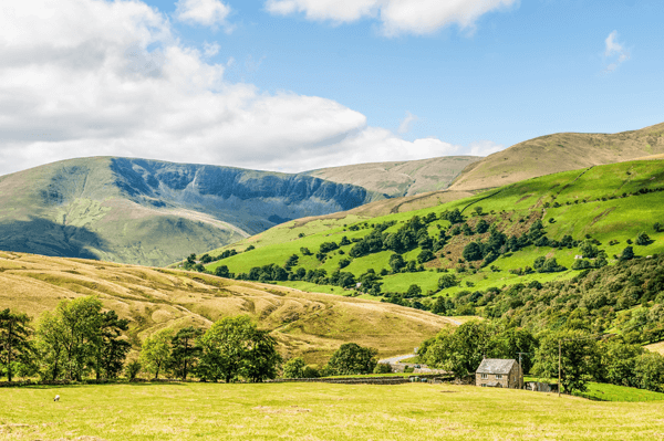 Top 5 Spring Road Trips in the UK