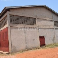 warehouse for rent in tema