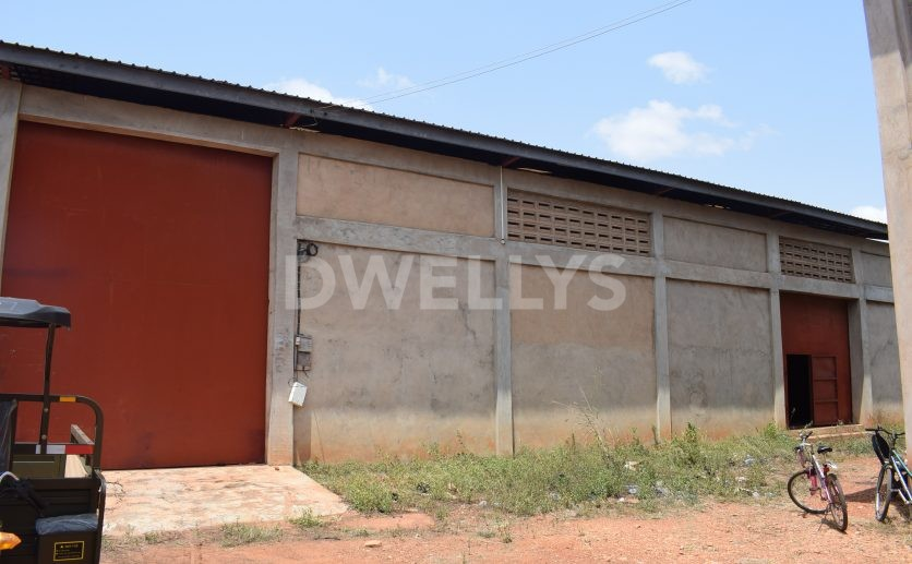 warehouse_for_rent_in_tema_sideview