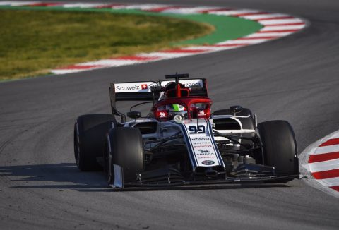 Alfa Romeo Racing: Antonio Complete Final Day Of Testing