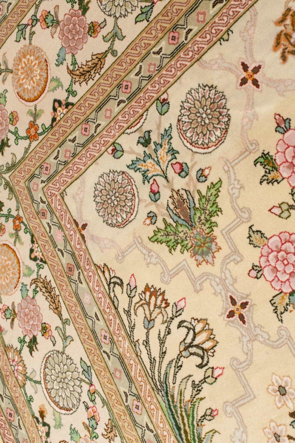 Fine Persian Tabriz Made by Special Order Rug at Essie Carpets, Mayfair London