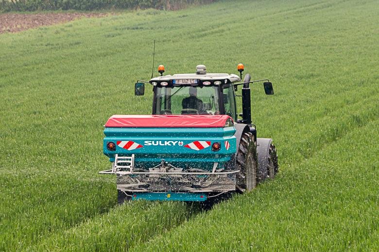 X40+ and X50+ fertiliser spreader