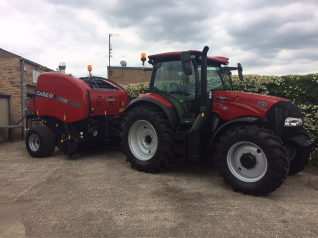 Case IH RB455 Round Baler - Everitt & Marshall