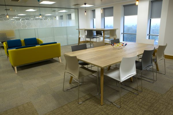 Hive360 Birmingham Table And Chairs