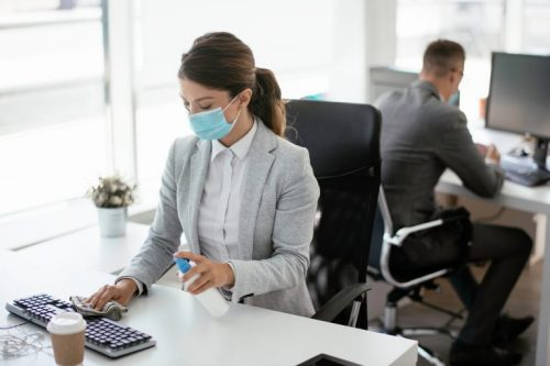 woman-working-in-office