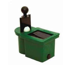 Club and Ball Washer Green
