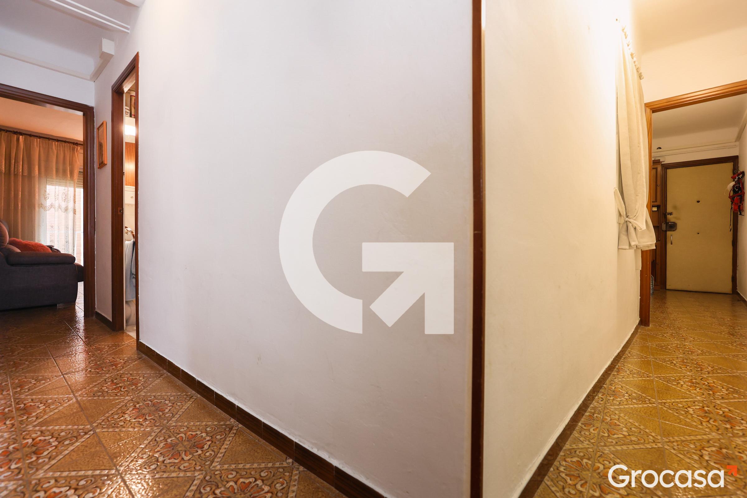 Piso en Gavarra en Cornellà de llobregat en Venta por 156.000€