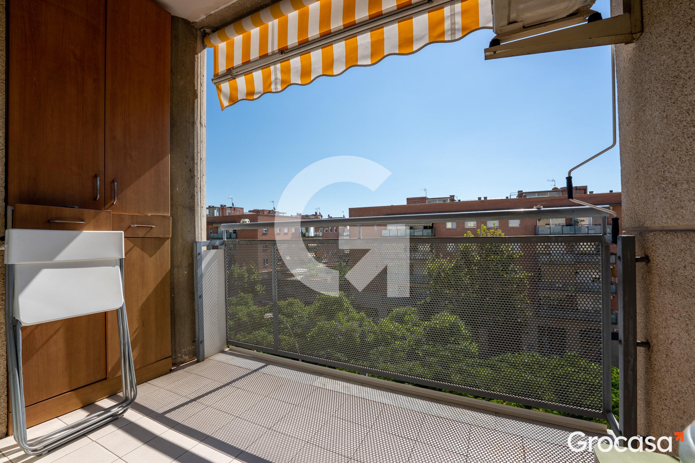 Piso en Castelldefels en Venta por 304.890€