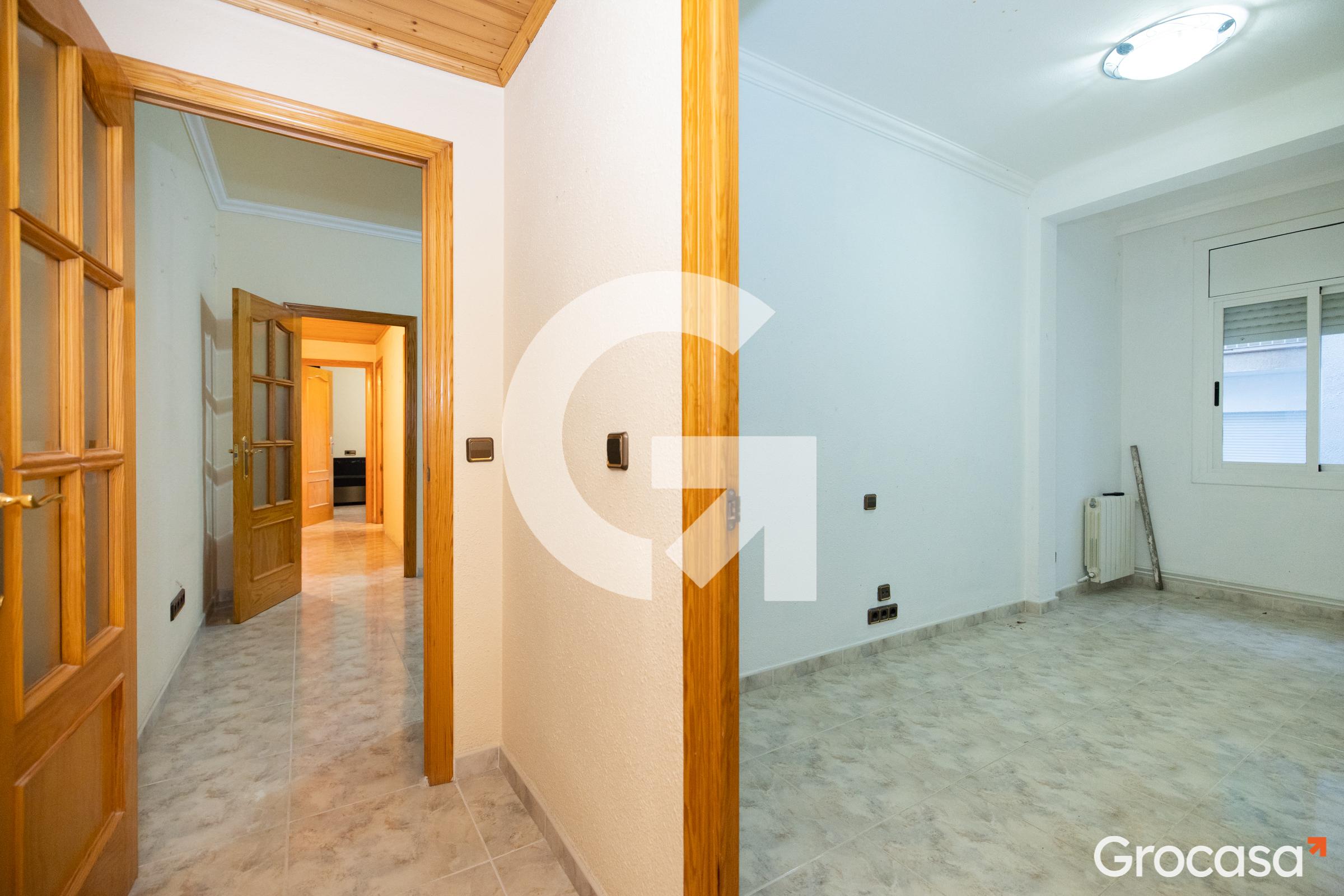 Piso en Centre en Esplugues de Llobregat en Venta por 205.000€