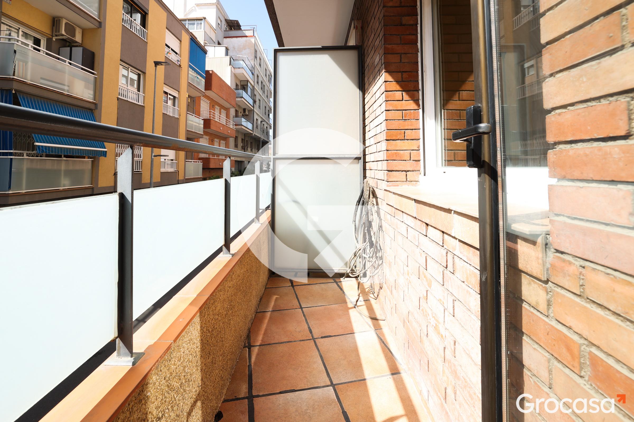 Piso en Montesa en Esplugues de Llobregat en Venta por 165.000€