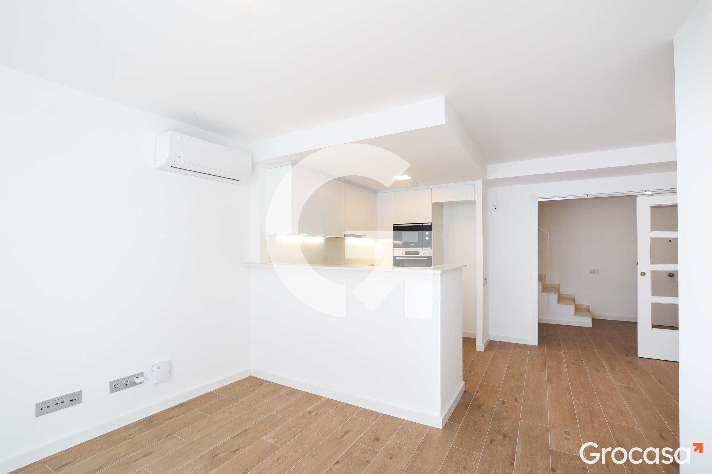 Duplex en Sta eulalia en L'Hospitalet de llobregat en Venta por 289.000€
