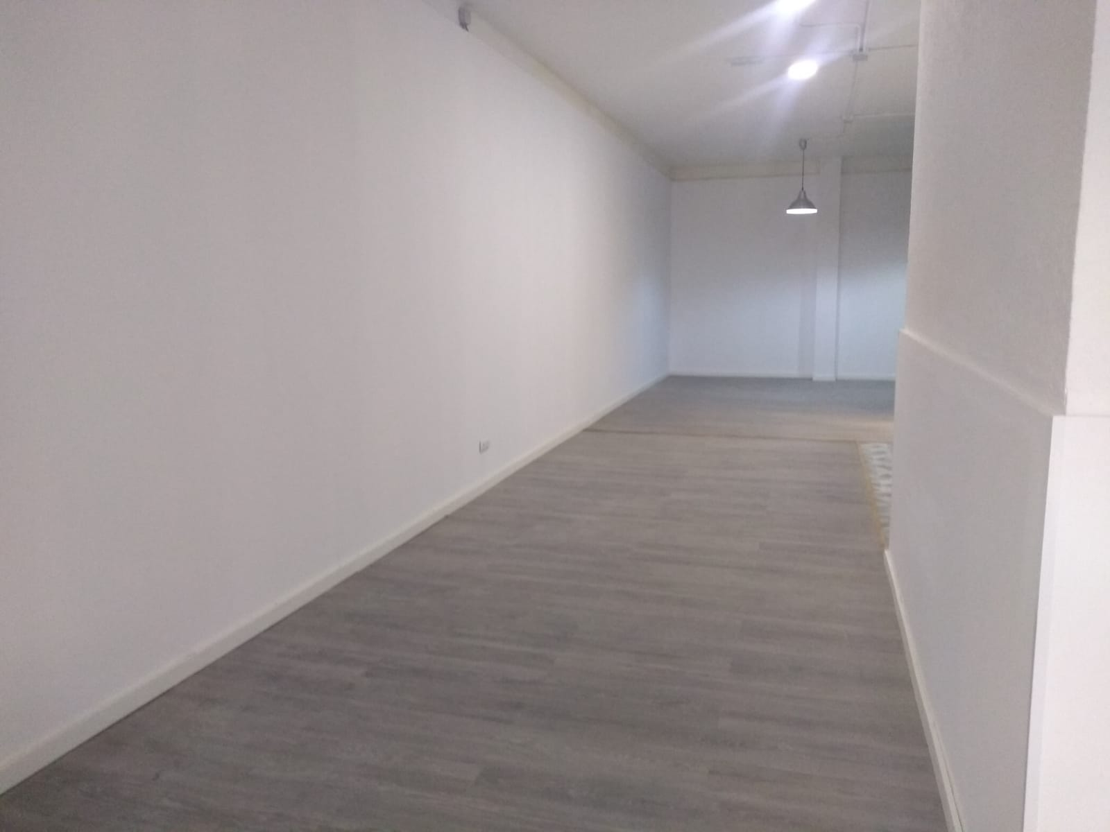 Local en Collblanc en L'Hospitalet de llobregat en Venta por 85.000€