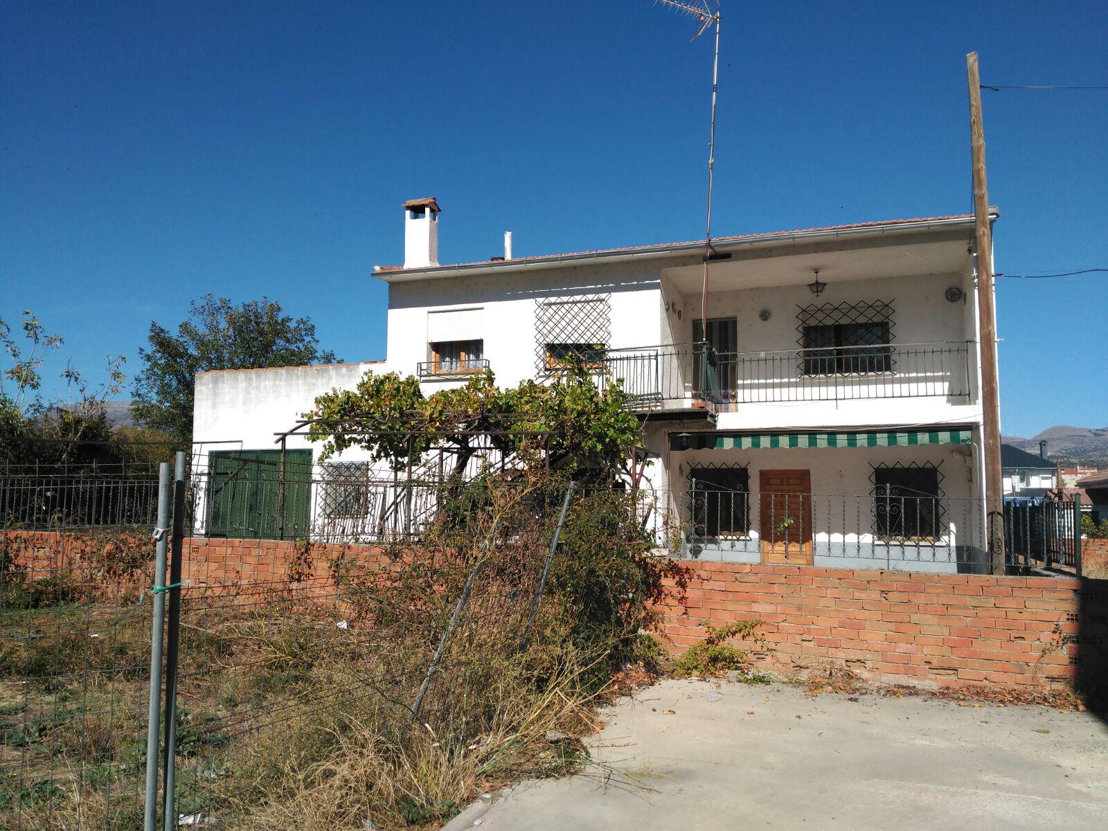 Casa en Navaluenga en Venta por 85.000€