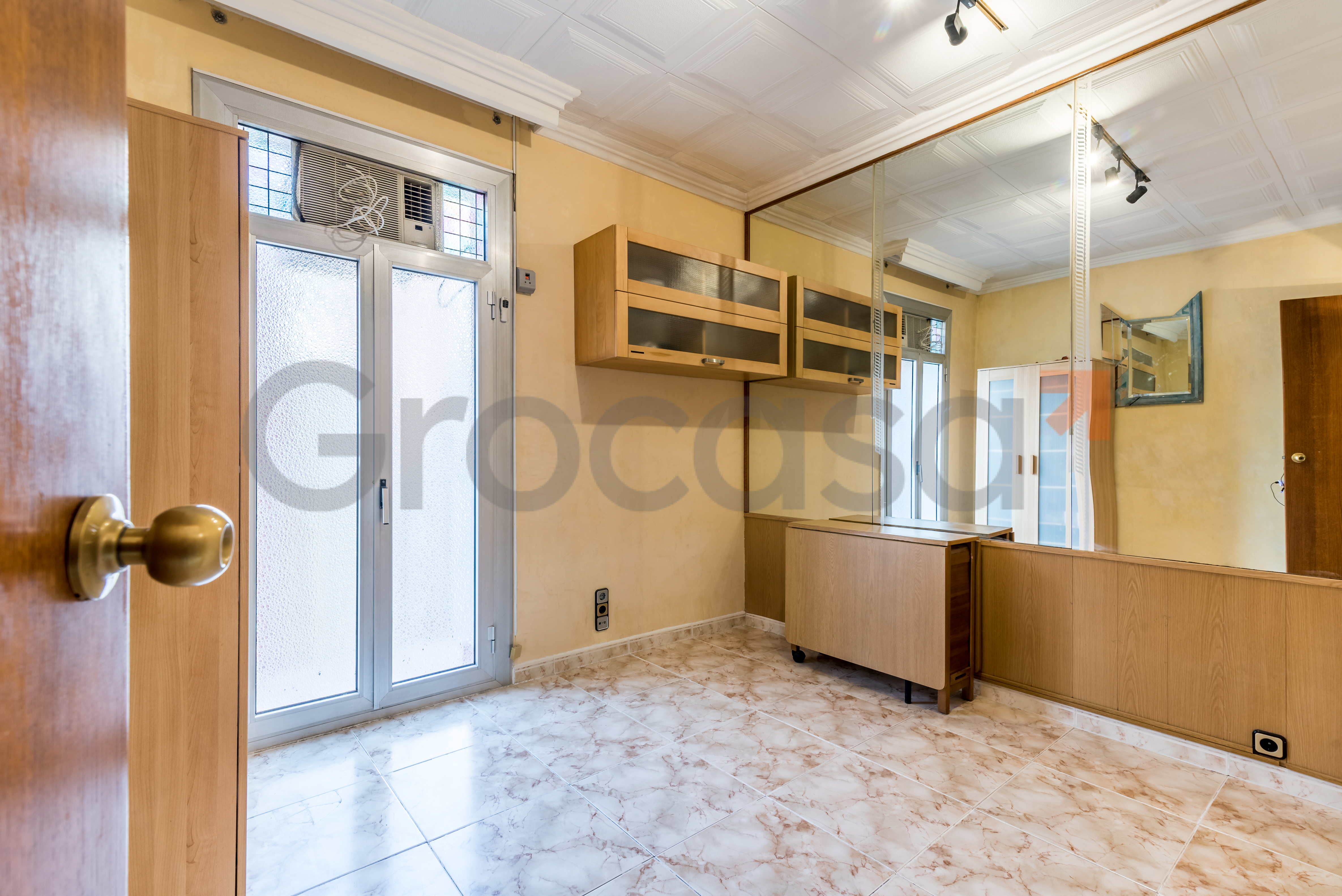 Piso en Collblanc en L'Hospitalet de llobregat en Venta por 99.900€