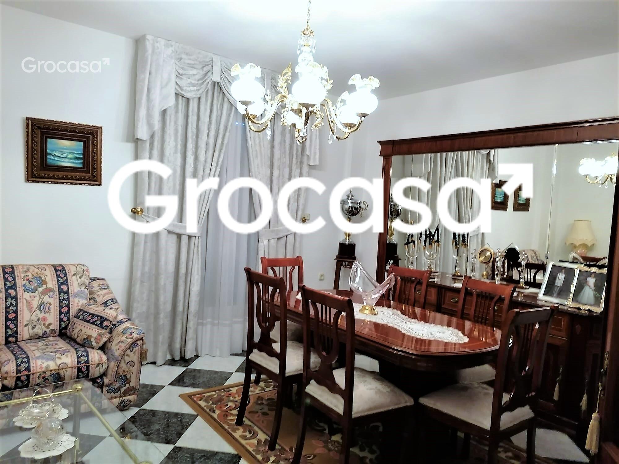 Casa en Fuente Vaqueros en Venta por 165.000€