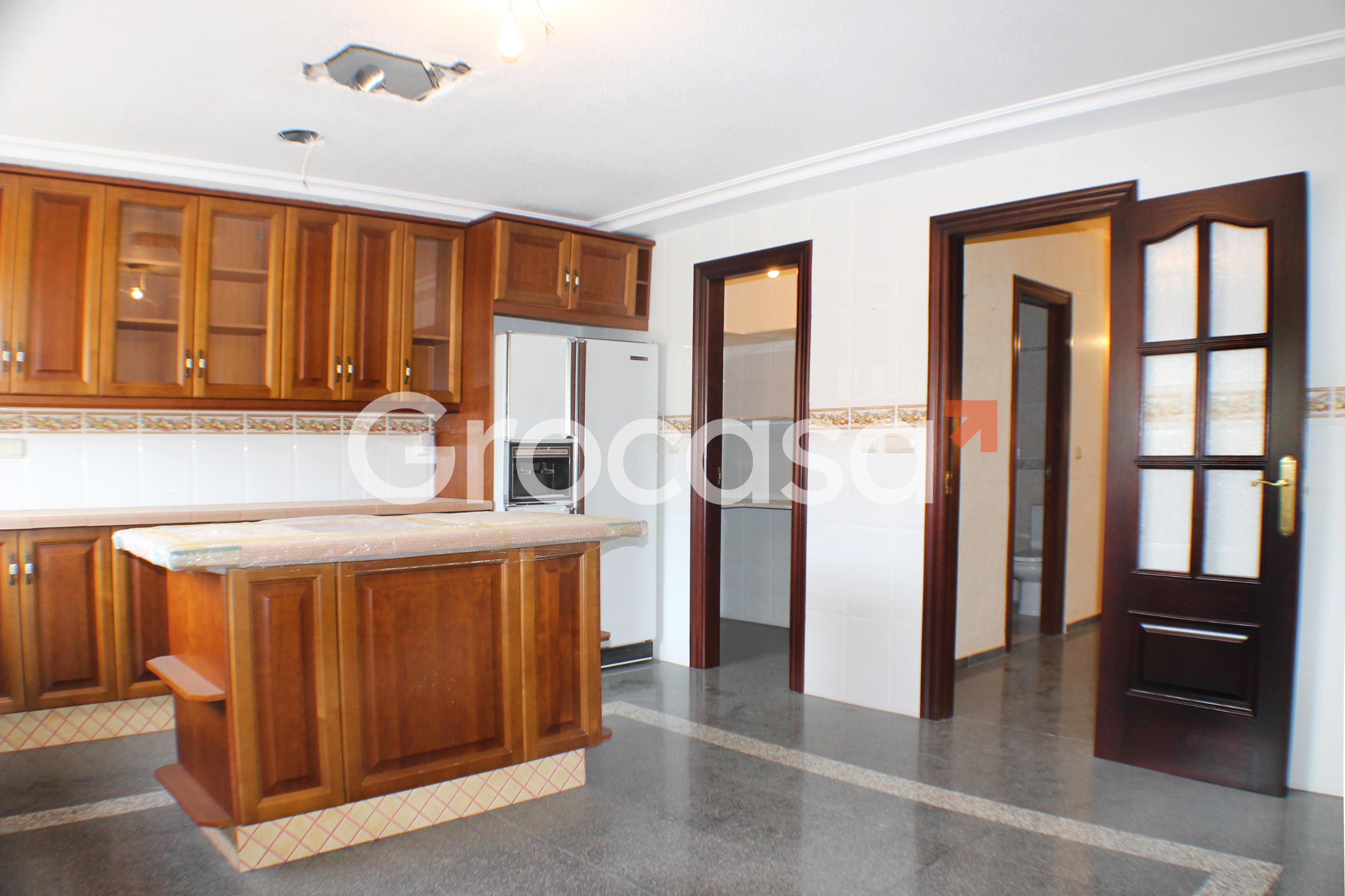 Casa en Albatera en Venta por 217.000€