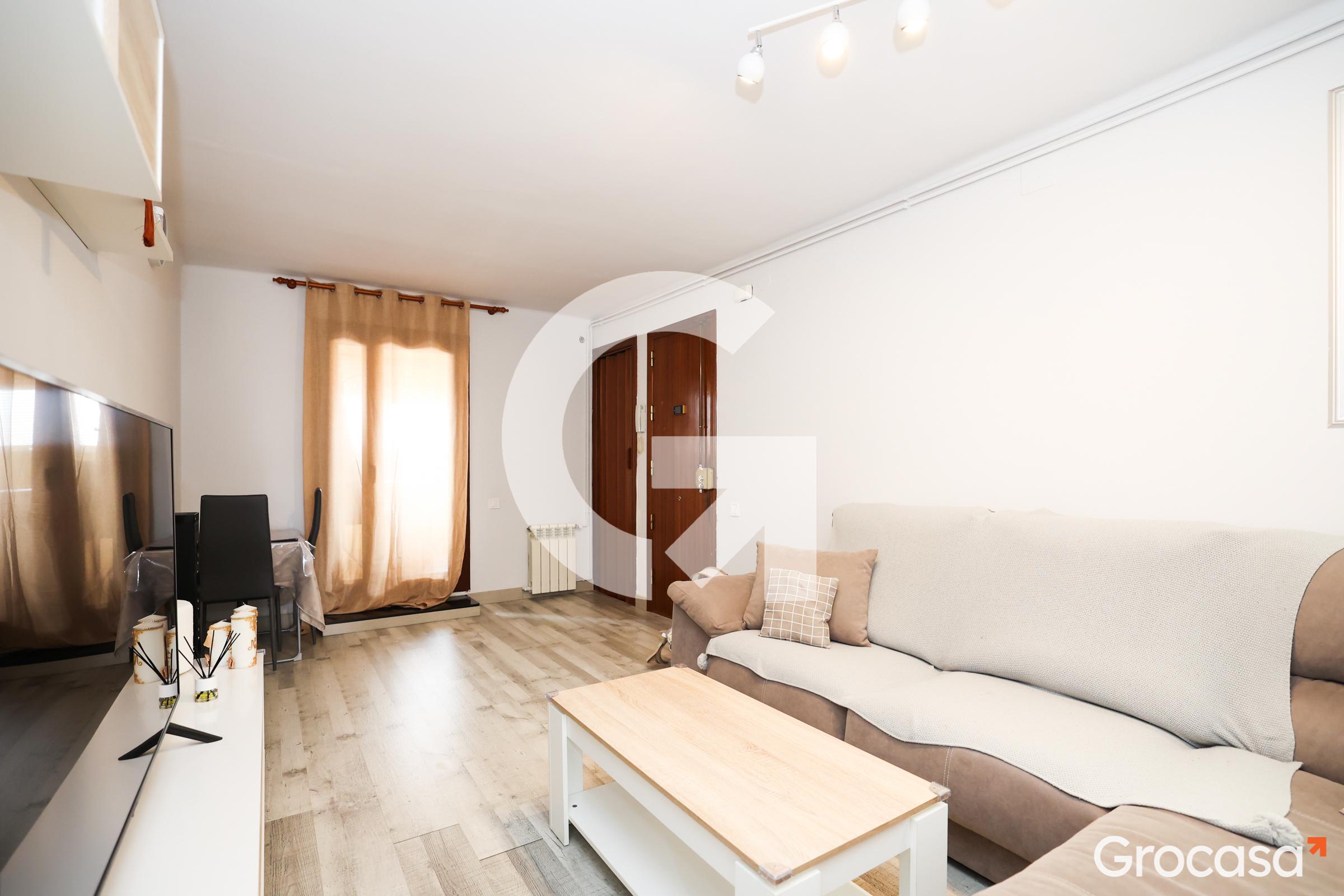 Ático en Vinyets moli vell en Sant Boi de Llobregat en Venta por 134.000€