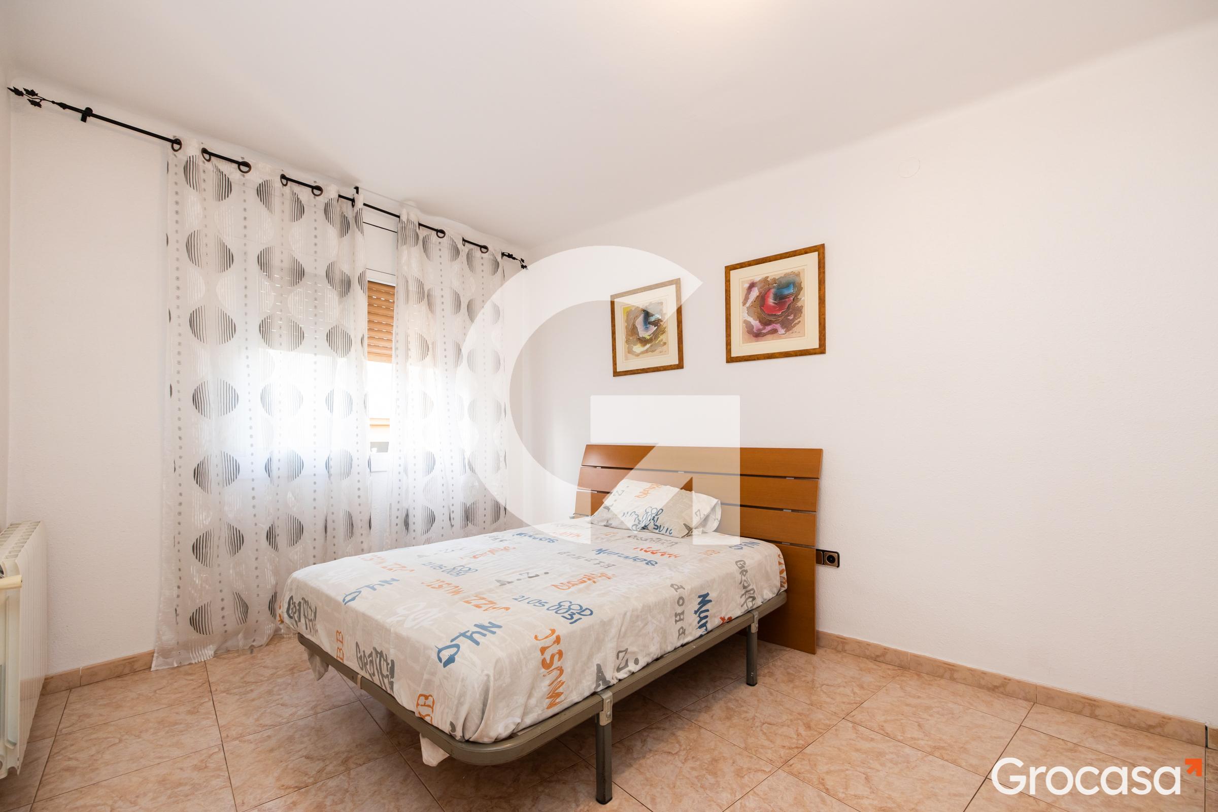 Piso en Can vidalet en Esplugues de Llobregat en Venta por 130.000€