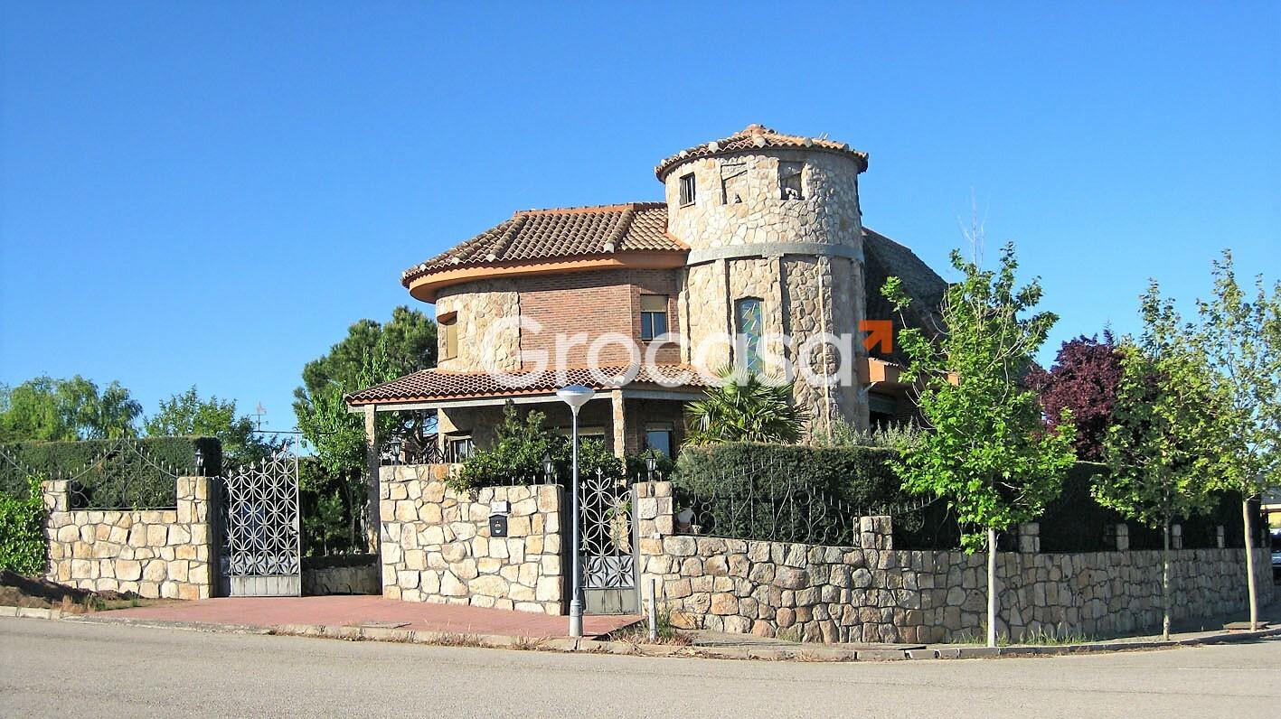 Casa en Pedrezuela en Venta por 440.000€