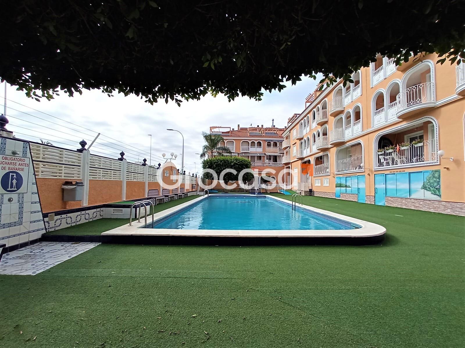 Piso en Los Alcázares en Venta por 92.000€