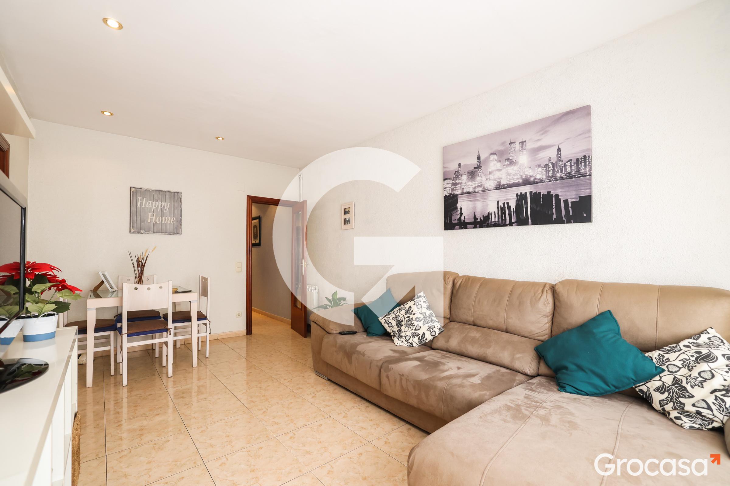 Piso en Centre en Santa Coloma de Gramenet en Venta por 177.000€