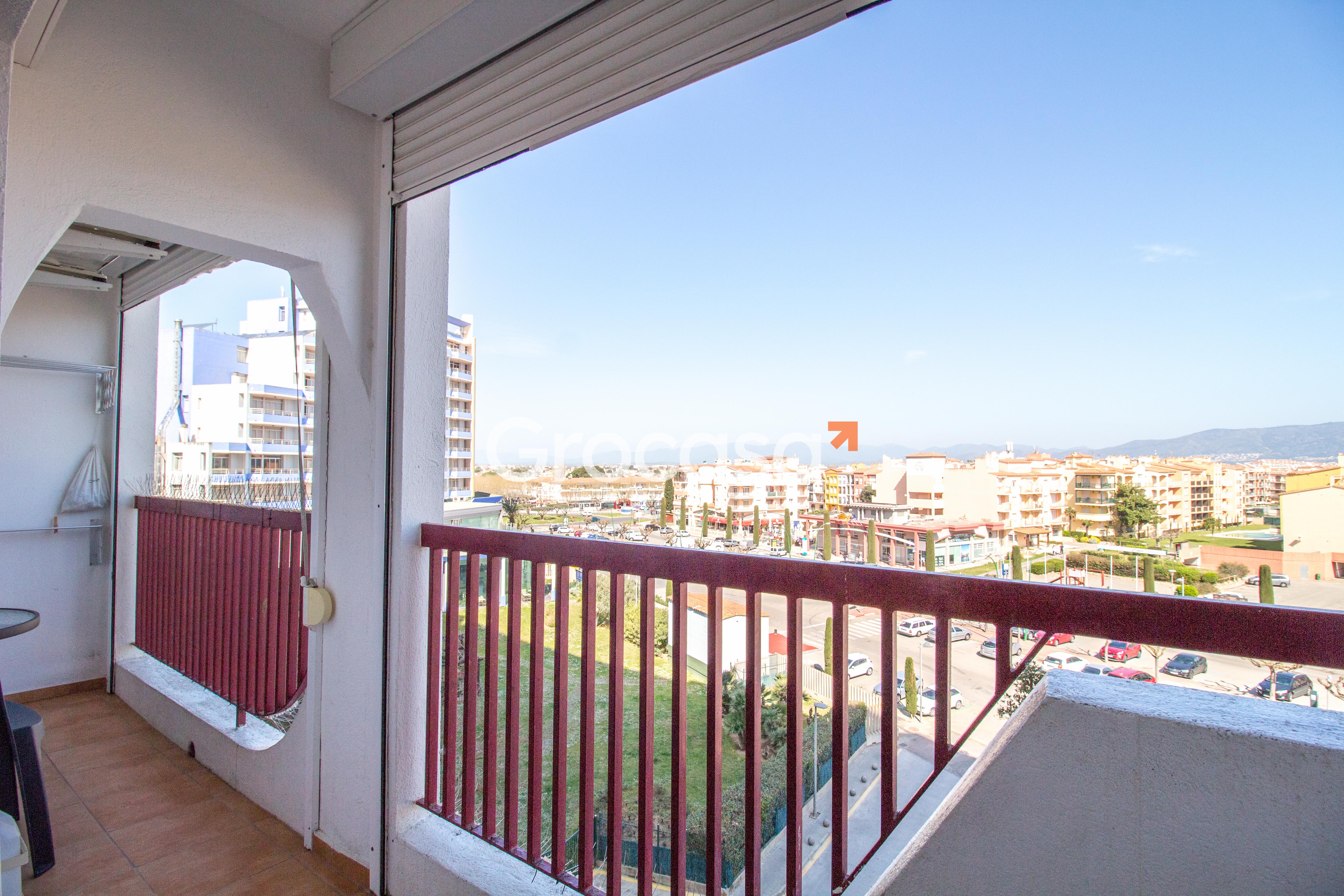Piso en Castelló d'Empúries en Venta por 120.000€