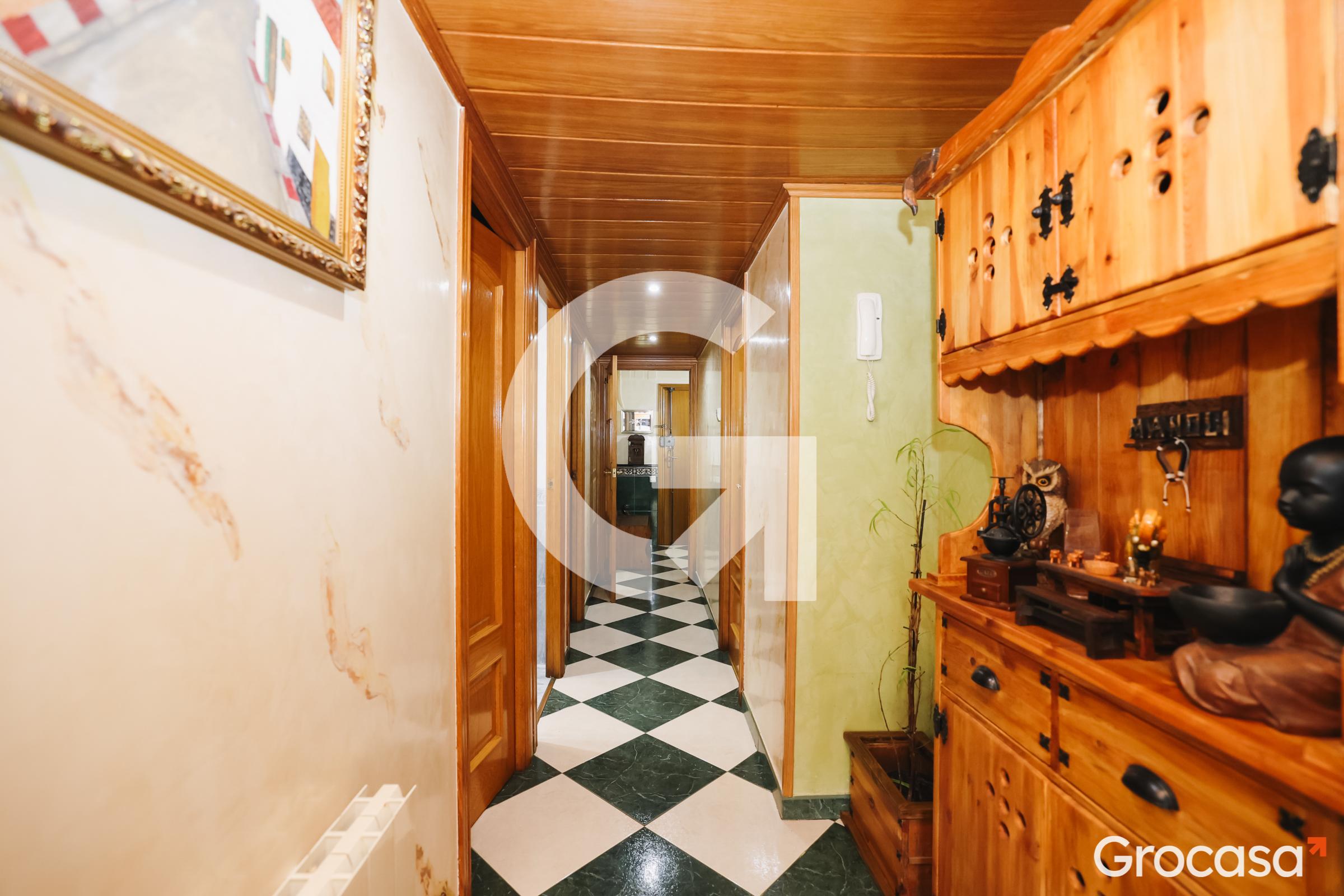Piso en Artigues en Badalona en Venta por 225.000€