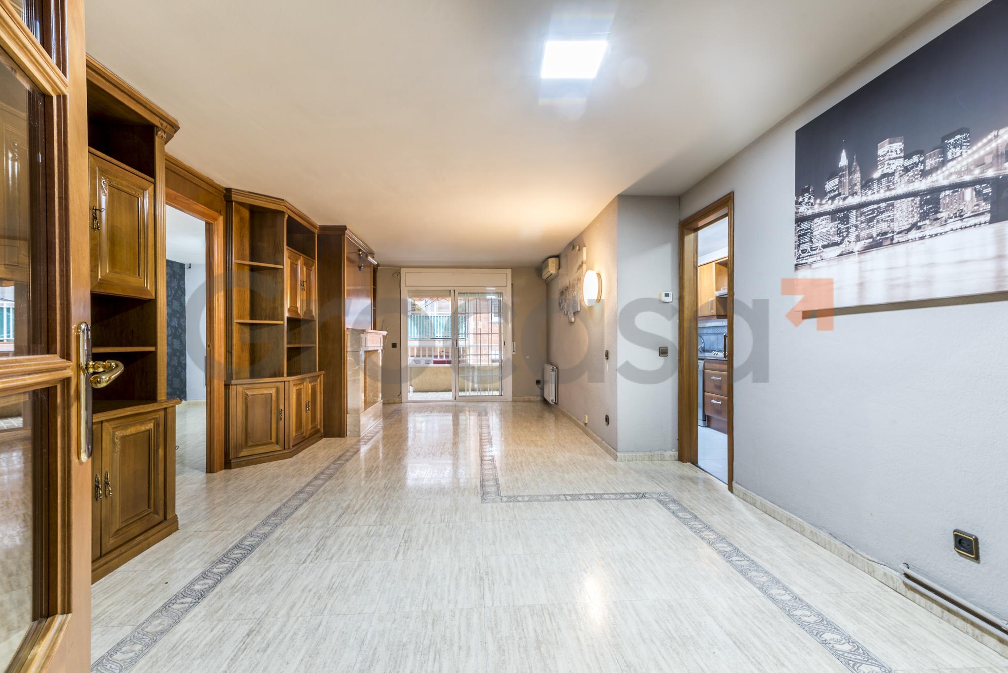 Piso en Collblanc en L'Hospitalet de llobregat en Venta por 310.000€
