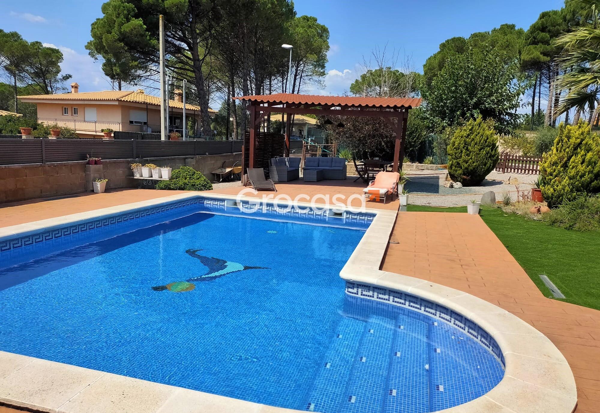 Casa en Sils en Venta por 465.000€
