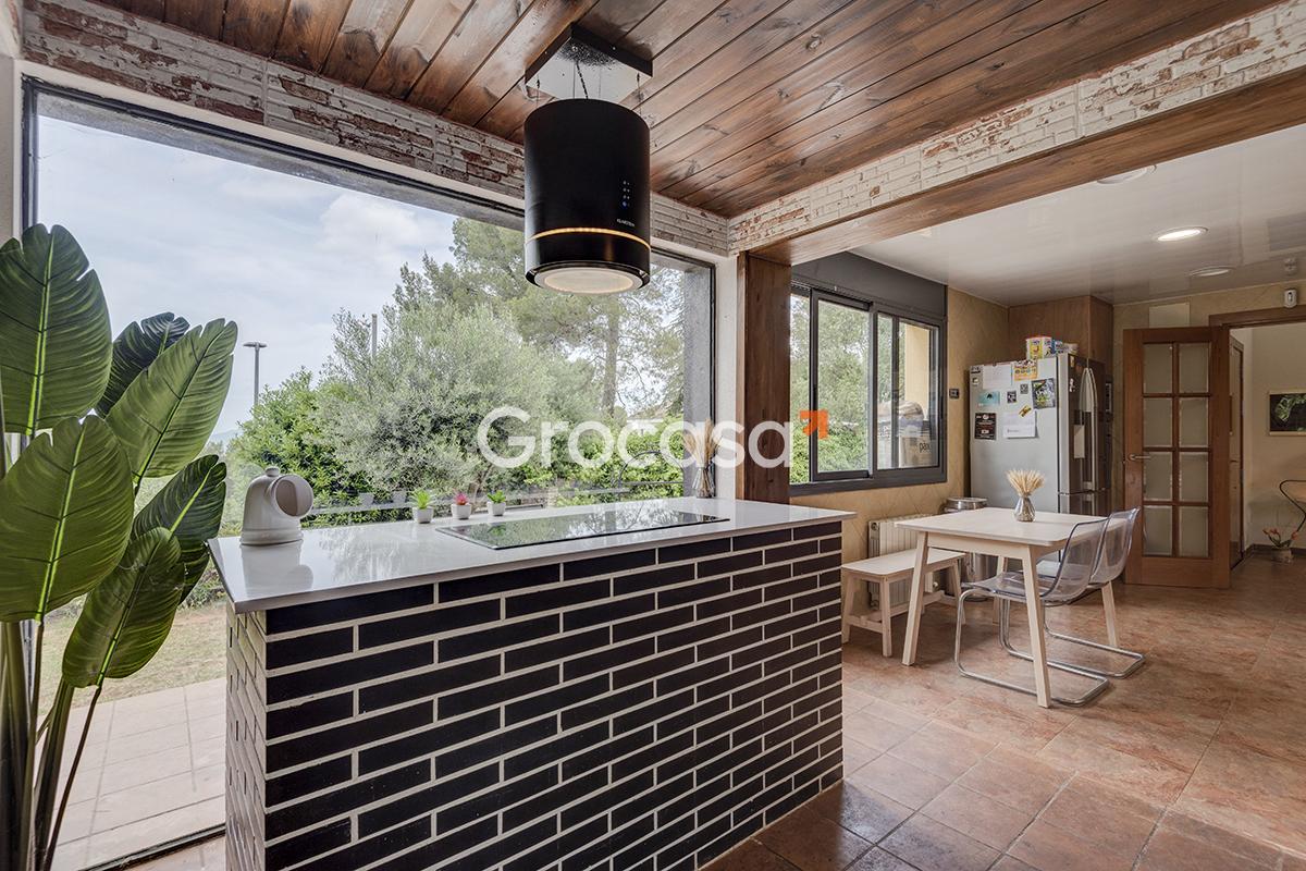 Casa en Corbera de Llobregat en Venta por 439.000€