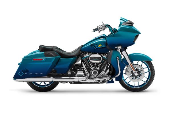 Custom 2021 Harley-Davidson® Road Glide®: Daytona Bike Week 80th Anniversary