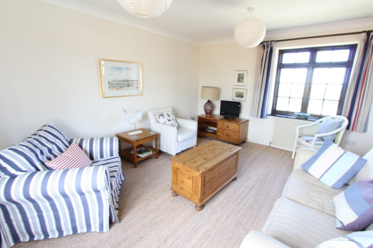 11 Harlyn Barton with Harbour Holidays