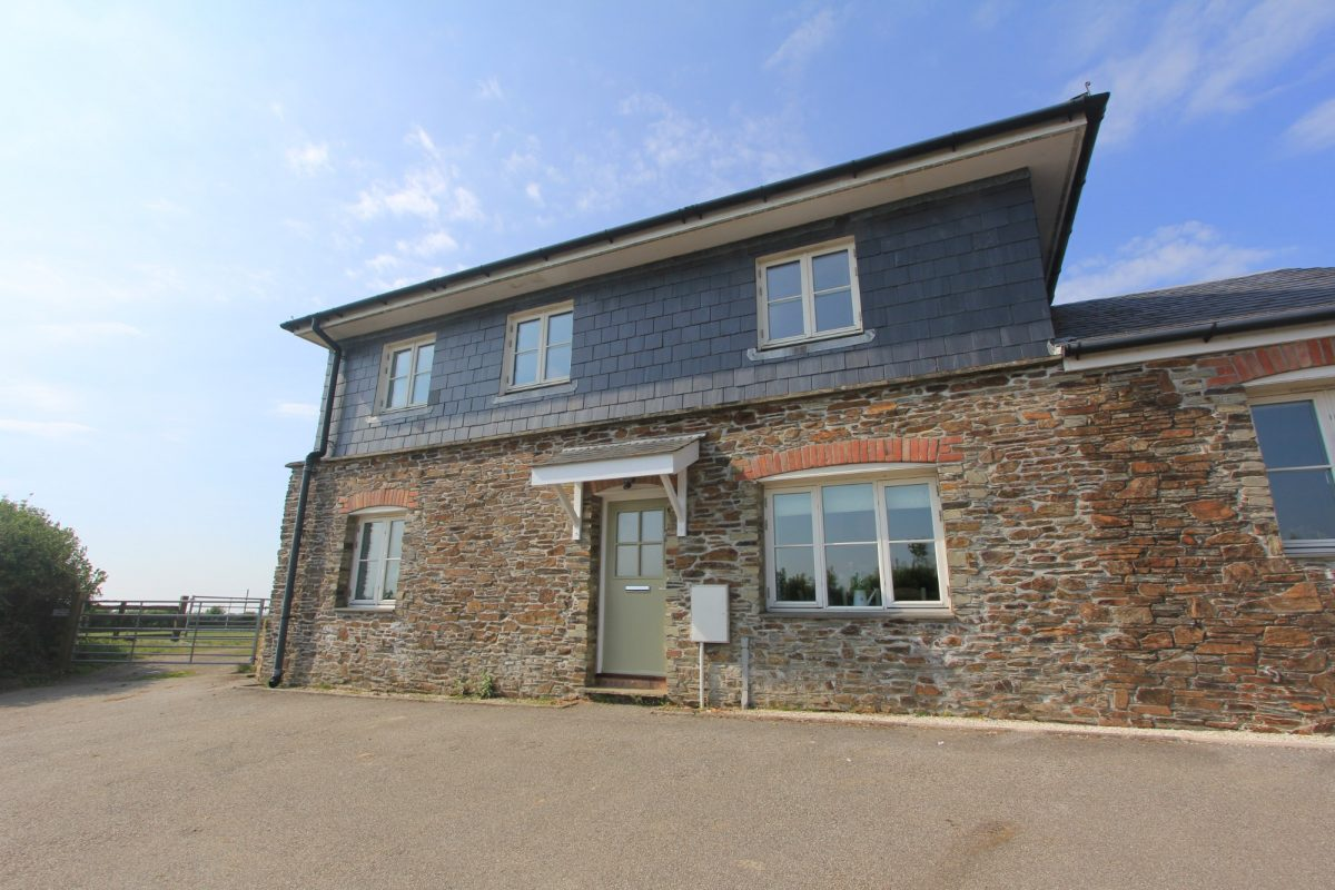 1 Pengliddon with Harbour Holidays