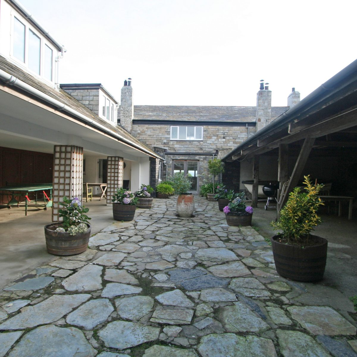 The Cellars with Harbour Holidays