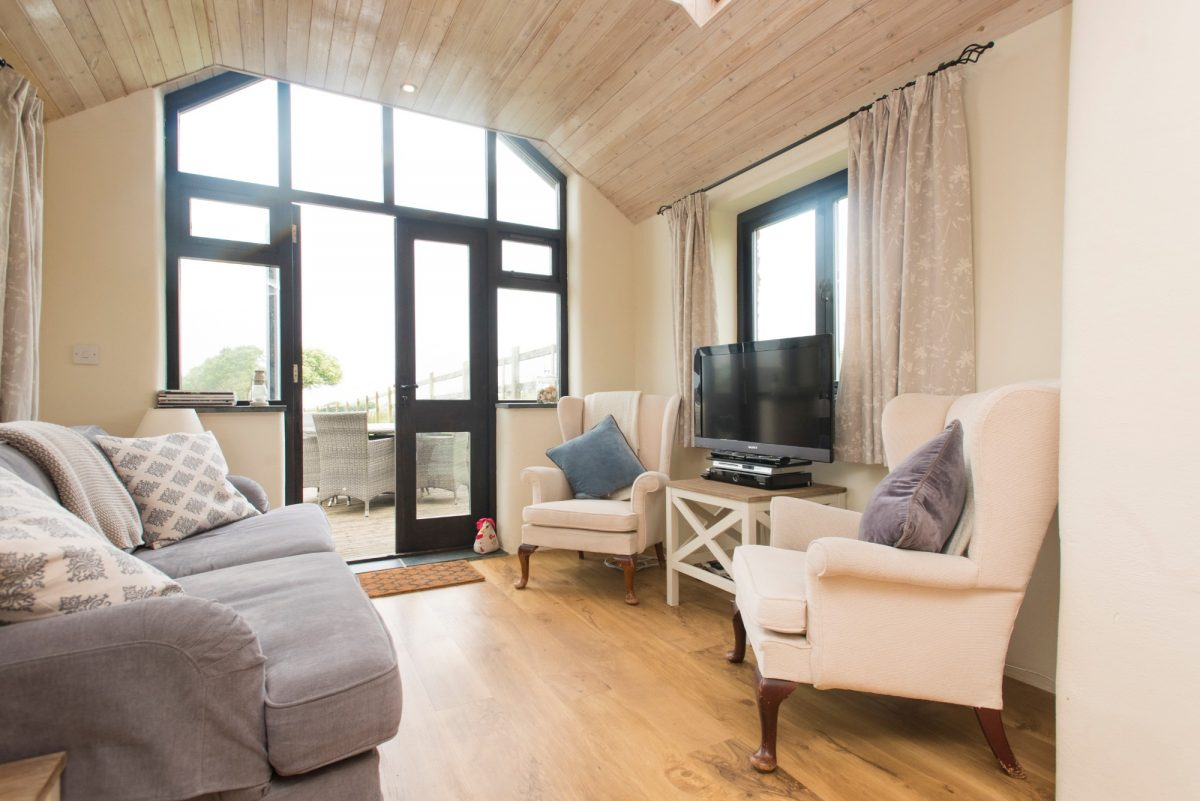 Berties Barn with Harbour Holidays