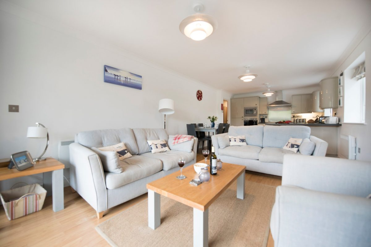 Apartment 1 Moonrakers with Harbour Holidays