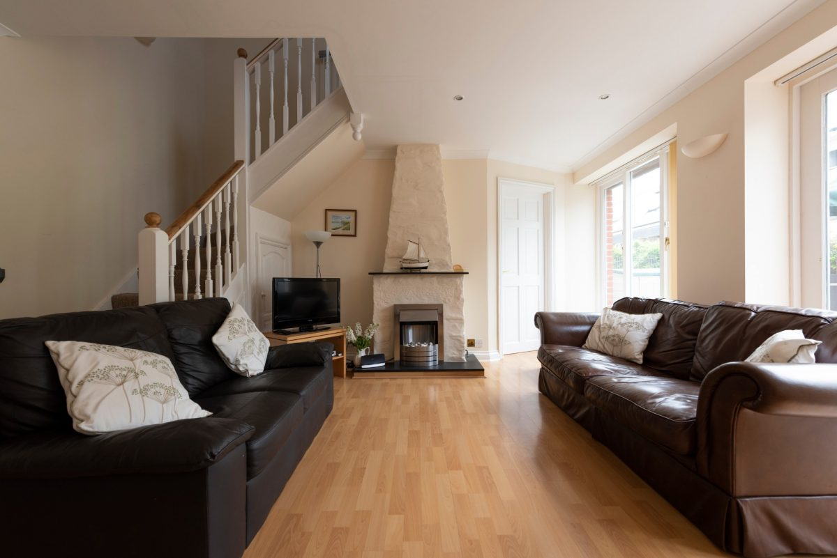 Living area in holiday let in Padstow