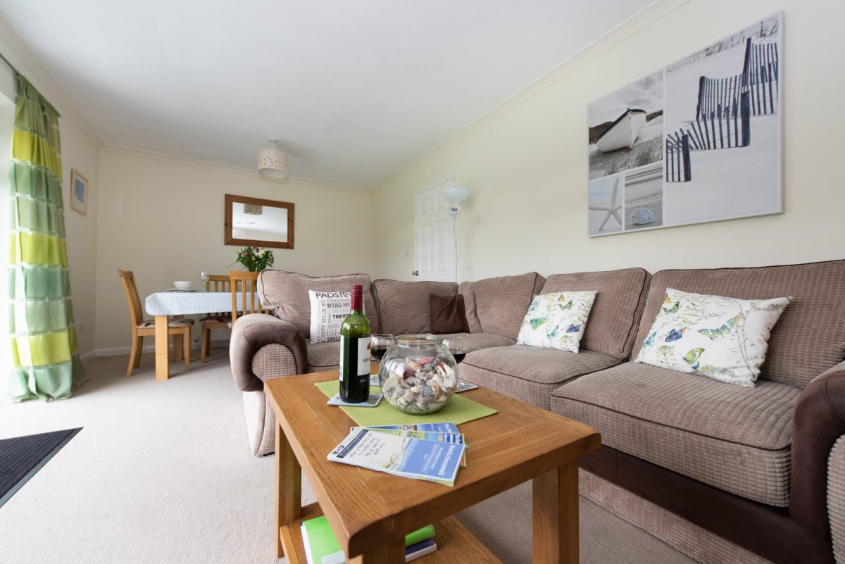 Living area in St Merryn holiday home