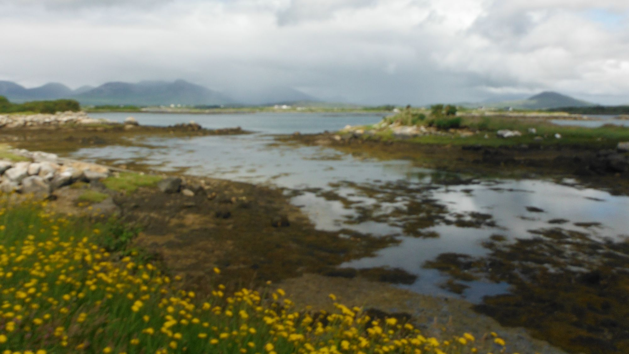A bay just before Roundstone