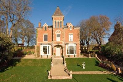 Photograph of this Victorian Villa