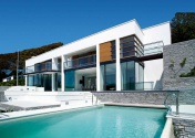 A Contemporary home on the coast designed by Stan Bolt