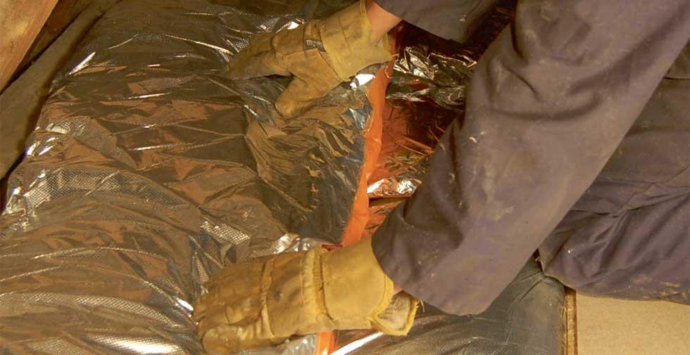 Installing loft insulation