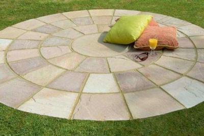 A paving circle