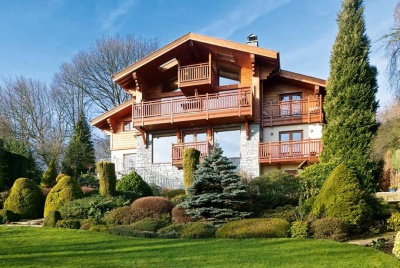 Swiss Chalet-style self build with balcony