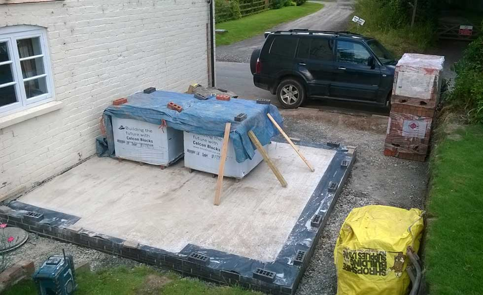 concrete poured floor structure with damp proof membrane