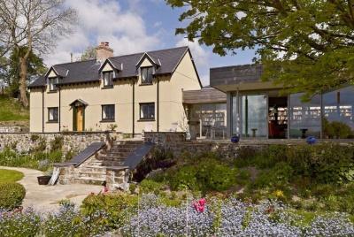 A modern cottage renovation