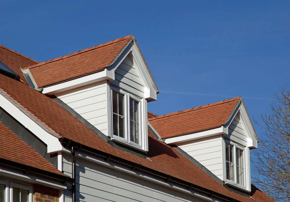 Heathland Manor House Mix roof tiles from Redland
