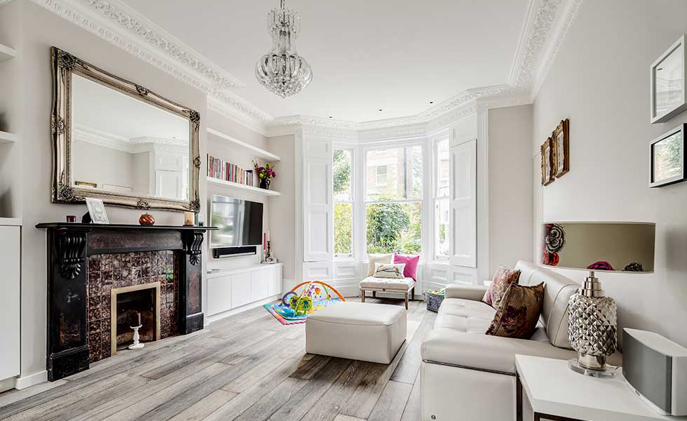 shash window as original feature in victorian home